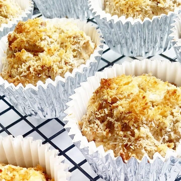 Healthy spelt muffins
