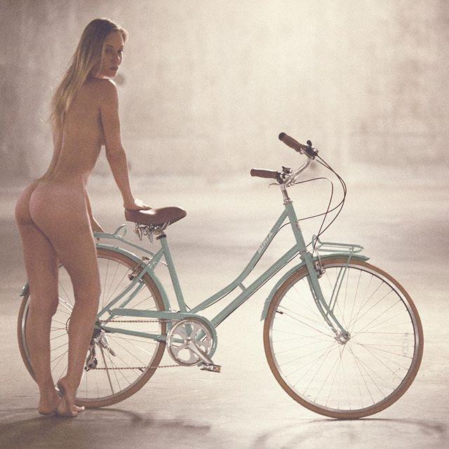 #tb #ughclothes #vancouver #bikelanesmatter
