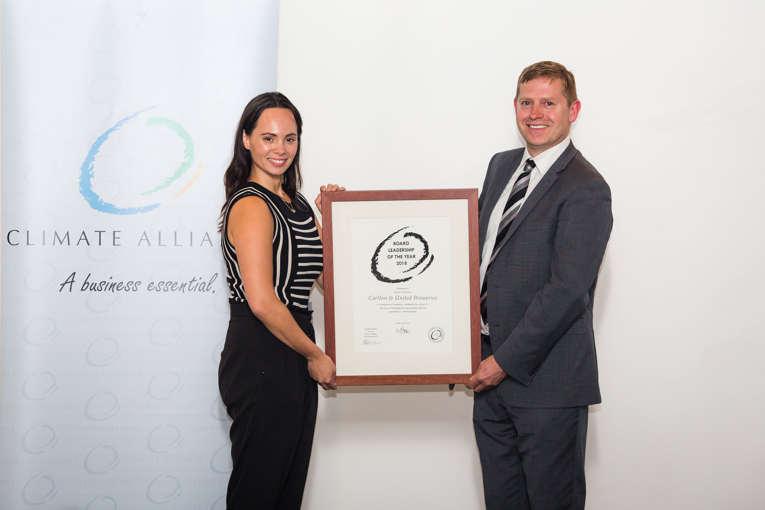 Board Leadership of the Year 2018 - Carlton & United Breweries, represented by Kirsten Sturzaker, Sustainability Manager at CUB with Turlough Guerin, Chairman of the Climate Alliance Board of Advisors.