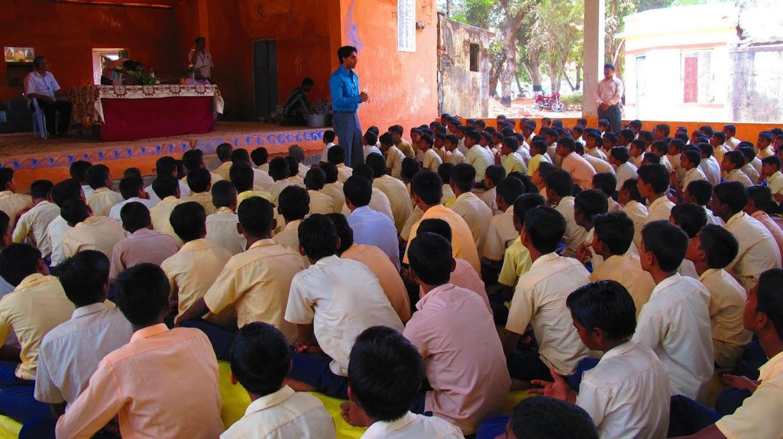 Meeting Students (5).jpg