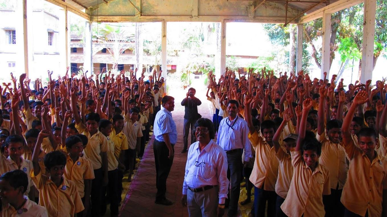Meeting Students (7).jpg