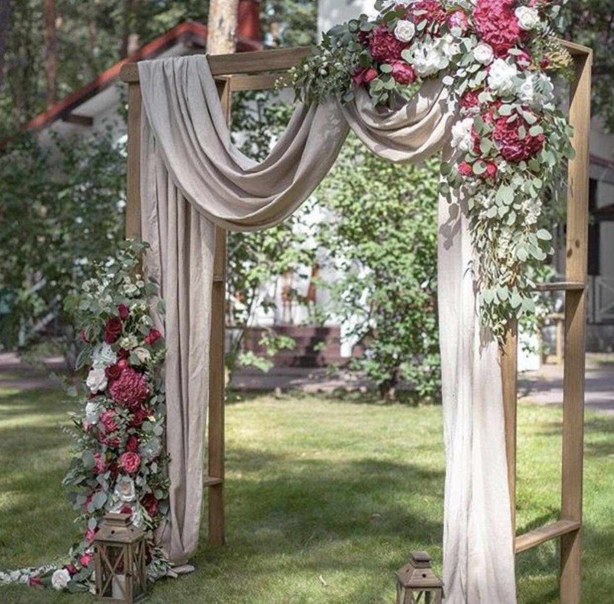 arbor+rental+draping+floral+lake+geneva.png