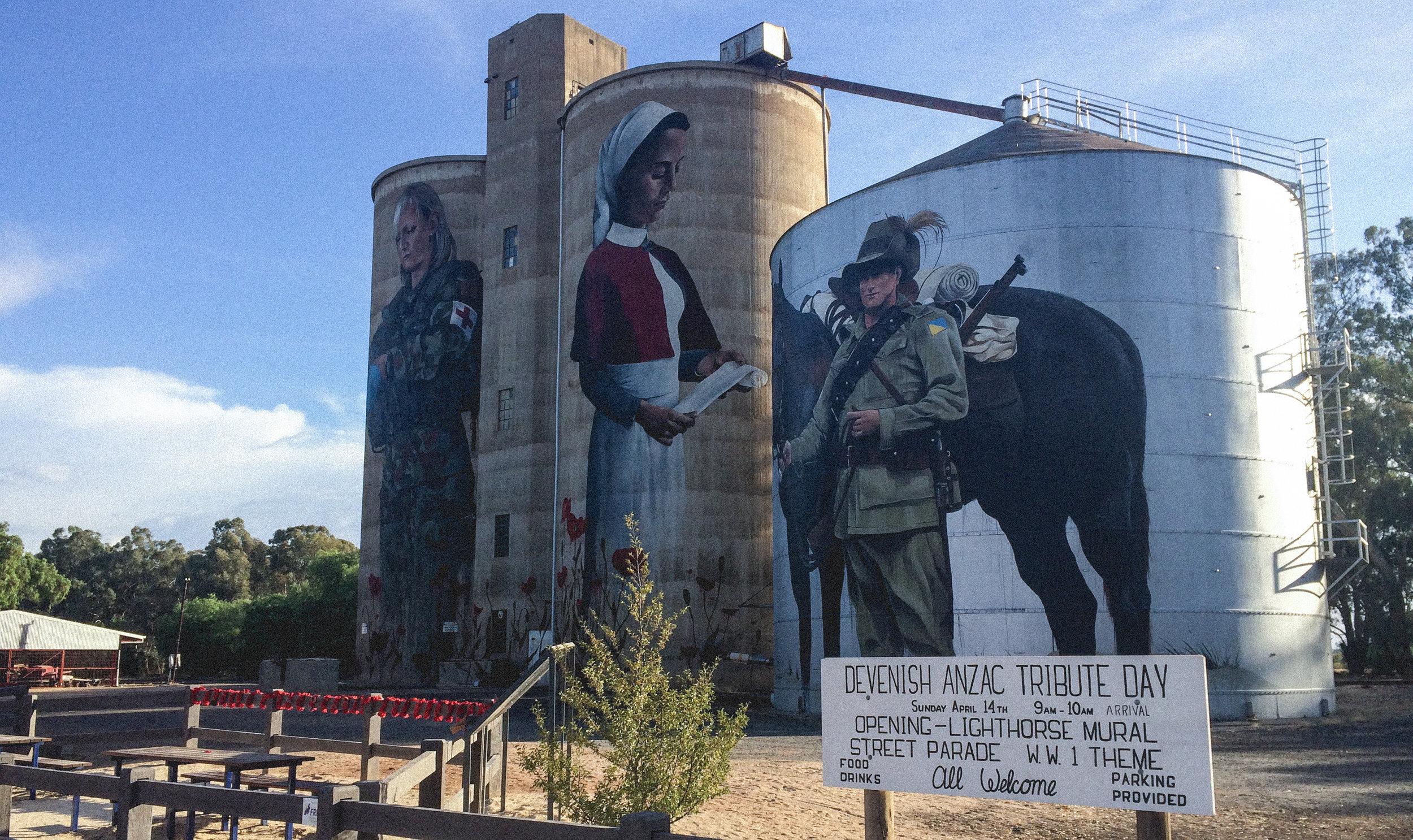Anzac mural by artist Cam Scale (GrainCorp Devenish silo)