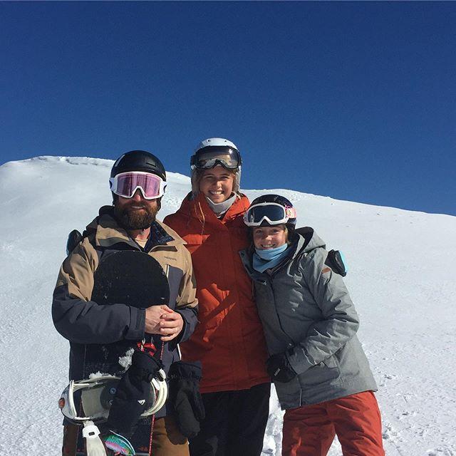 Salties hit the snow @jazz_wylie @lucynaylorr
