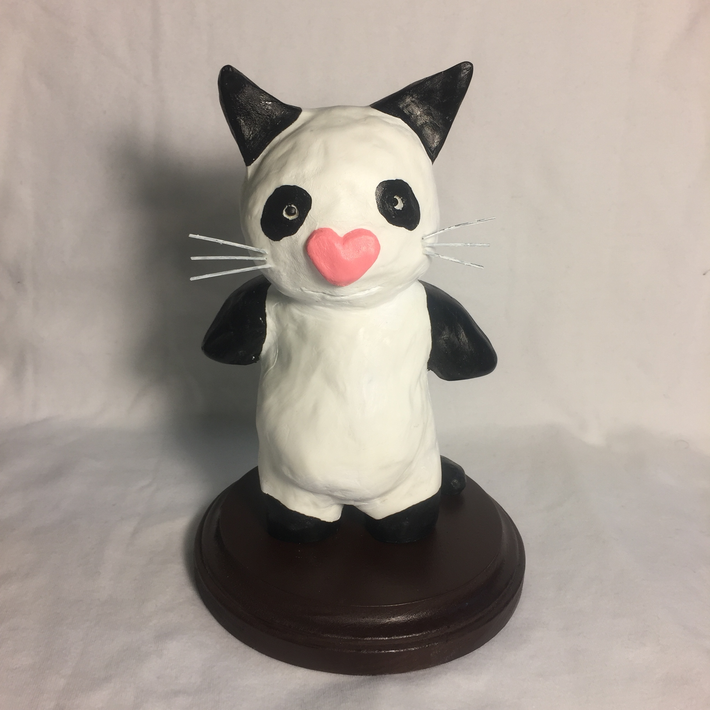 Gigi the White Cat (panda cat)