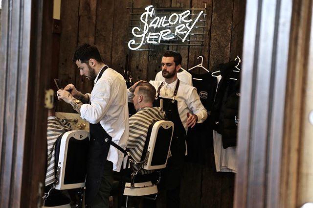 Week Done we Out! ✌🏿️ #FossanoAndCoBarberShop  #BeerO'Clock #TeamF&Co #Barbershop #Hangover #Peroni  #MensHair #SailorJerrys