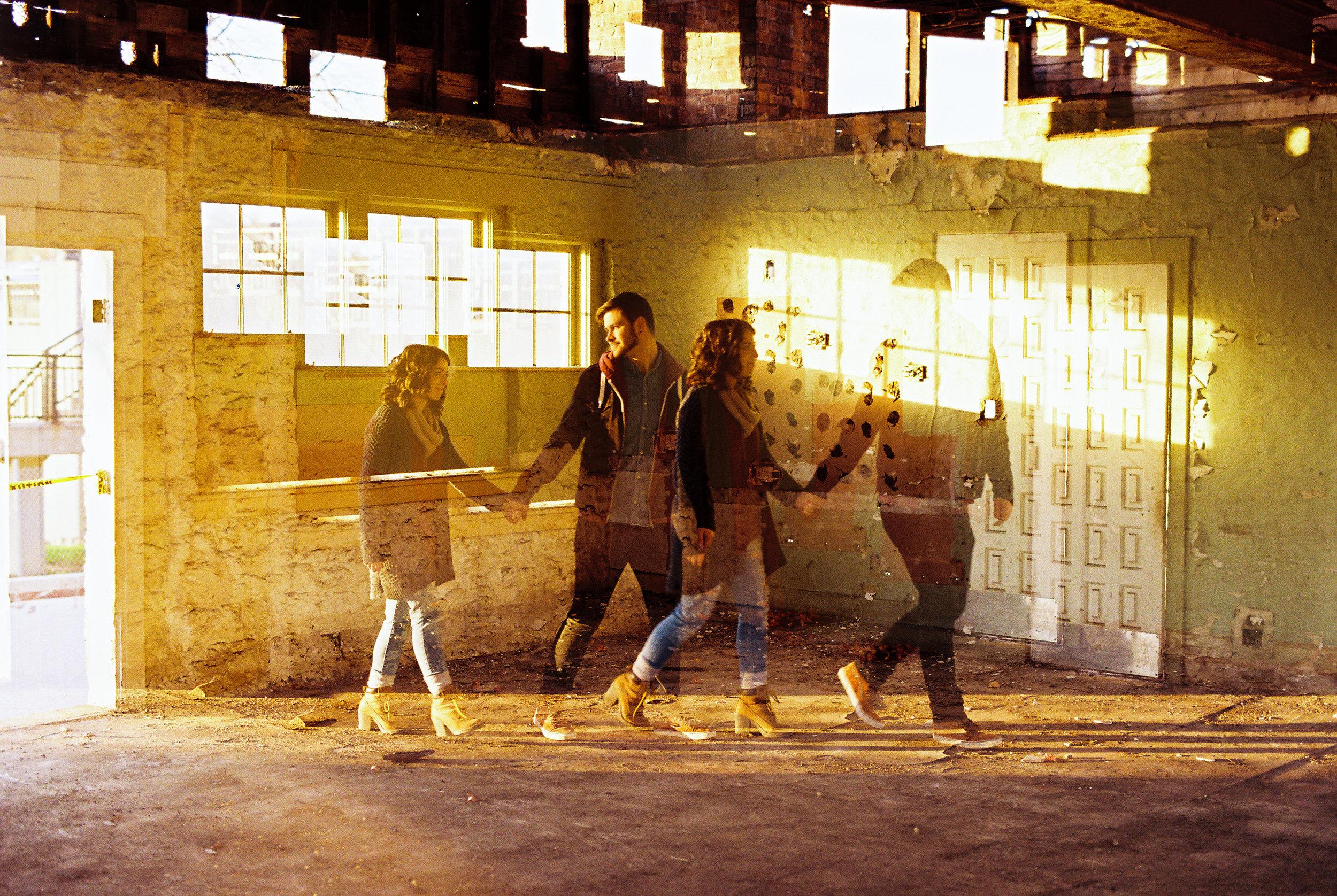 Downtown Geneva Illinois Engagement Photgrapher Film The Find Lab1_CatieScottStudio_21.jpg