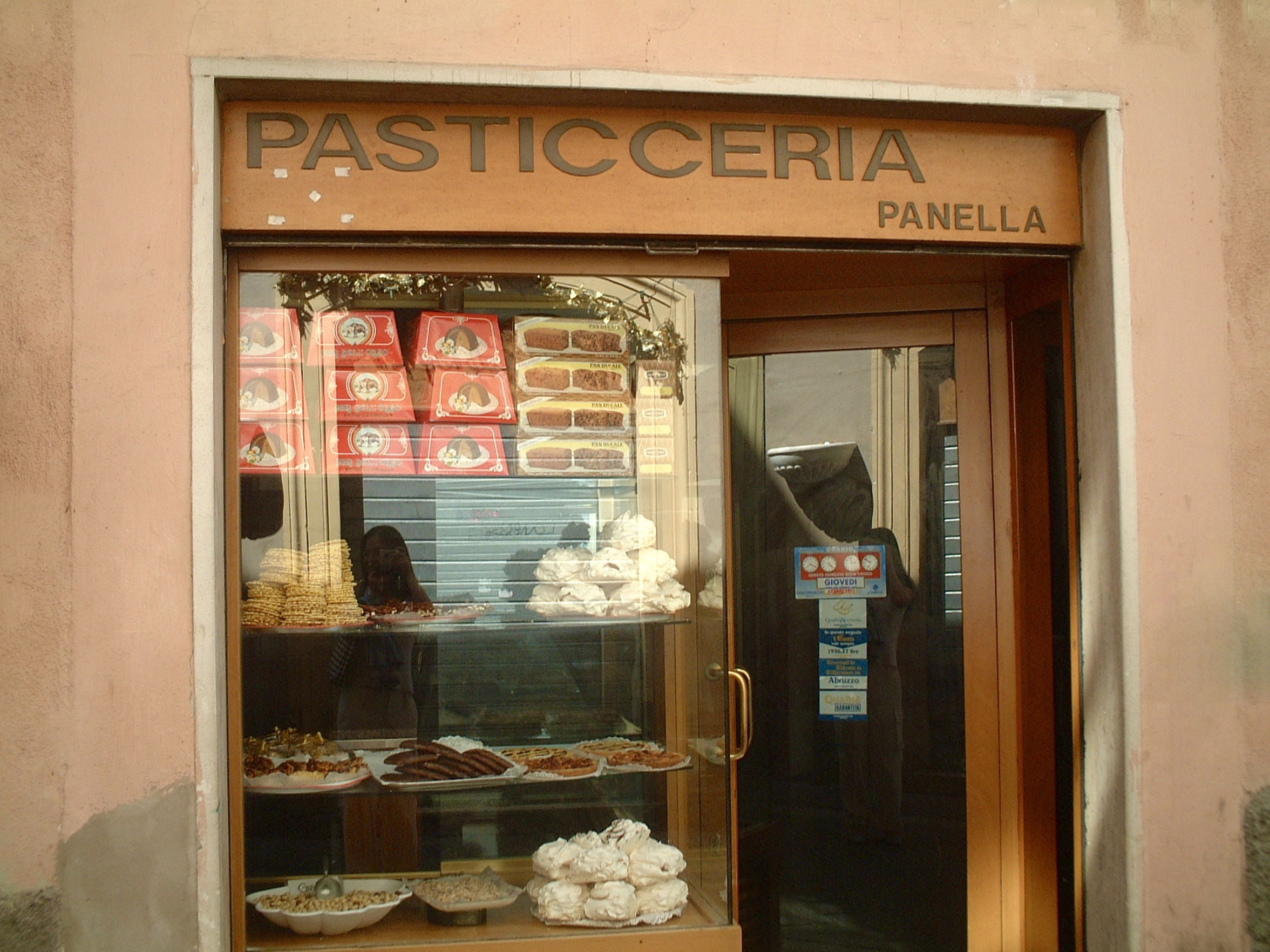 Traditional sweets in L'Aquila