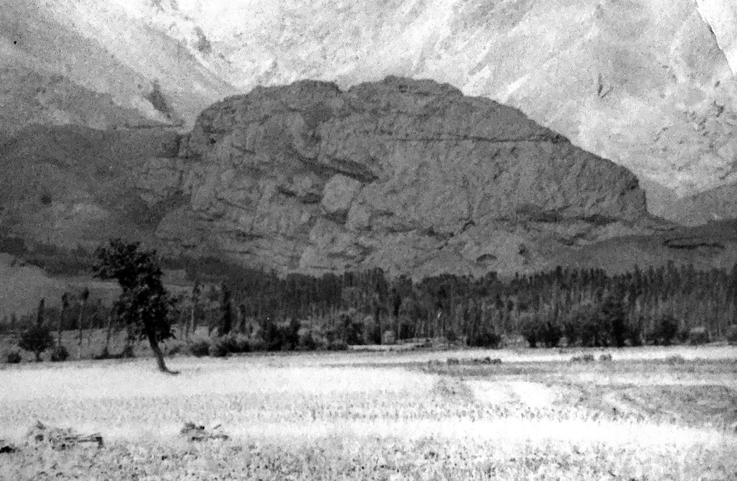The rock on which Alamut sits is impressive seen from the plain beneath (already 2,000m above sea level),even in this grainy scan from a 1978 photo.