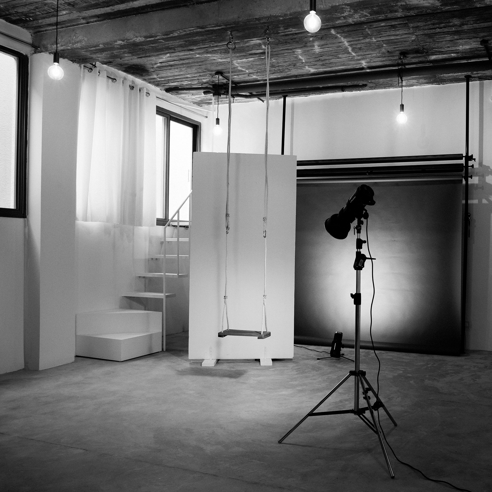 Triangle_creative_photography_studio_for_rent_kuwait
