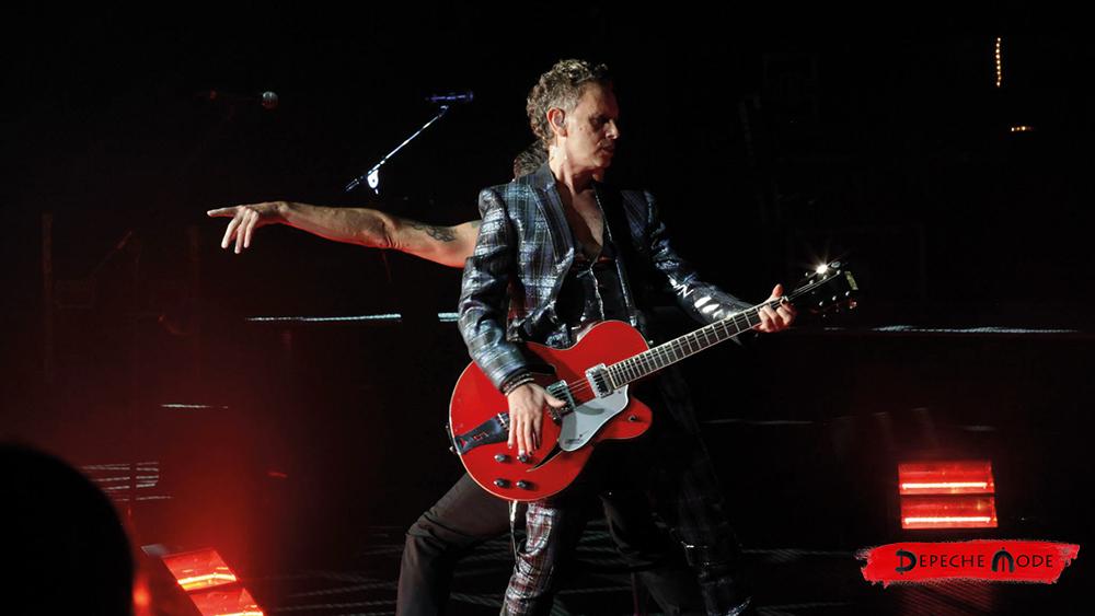 Martin Lee Gore mountain viewi koncerten, Californiában, 2013. (forrás: Depeche Mode facebook)