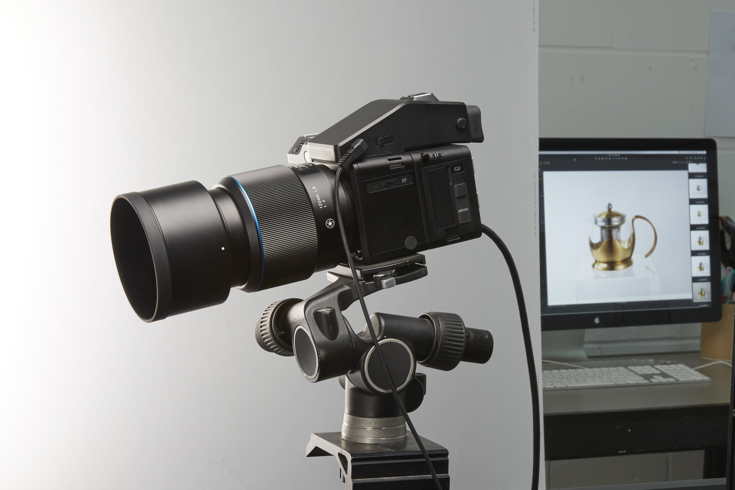 Phase One Camera02.jpg