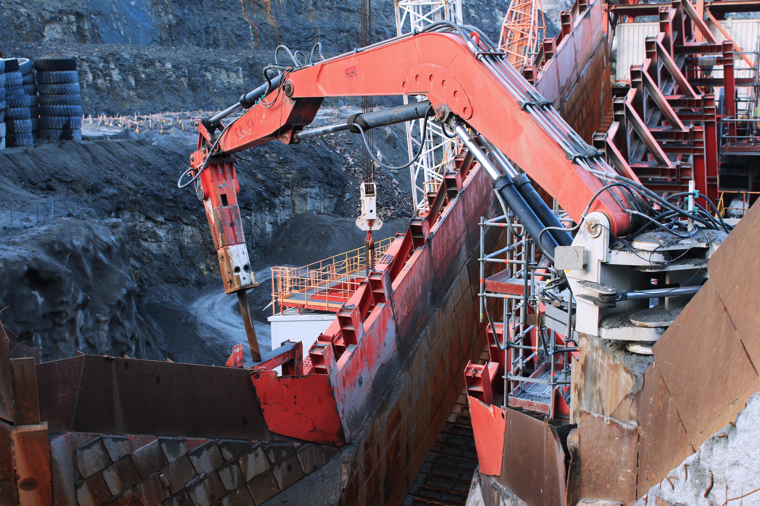 The mining field and rock breaker