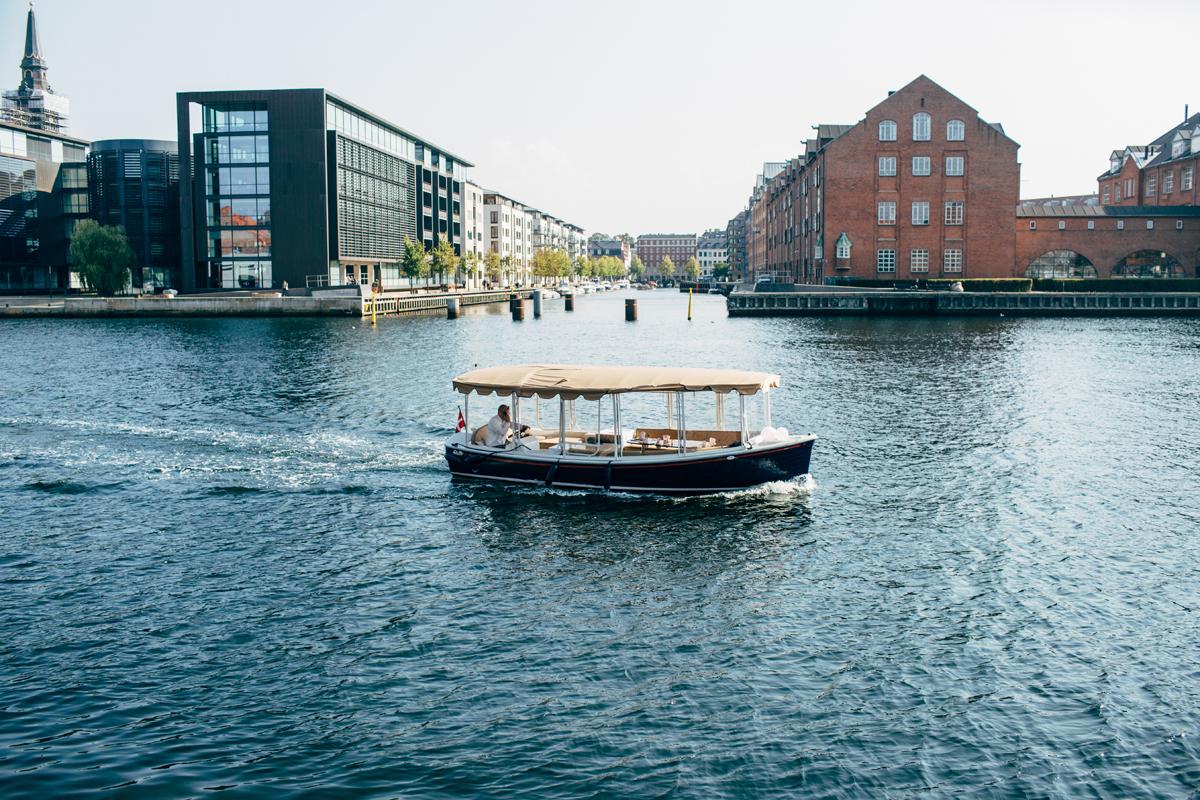 019-Elopement-Copenhagen-Denmark-Amanda-Thomsen.jpg