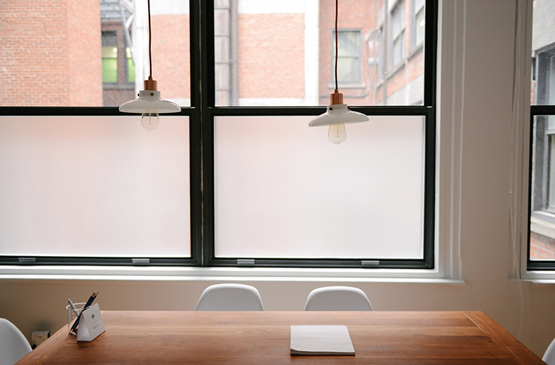 Z Snickeri byter och monterar alla typer av fönster. Vi hjälper kunden med val av fönster och med mätning av karm. Vi erbjuder PVC fönster som ni kan beställa direkt via oss,  läs mer här .