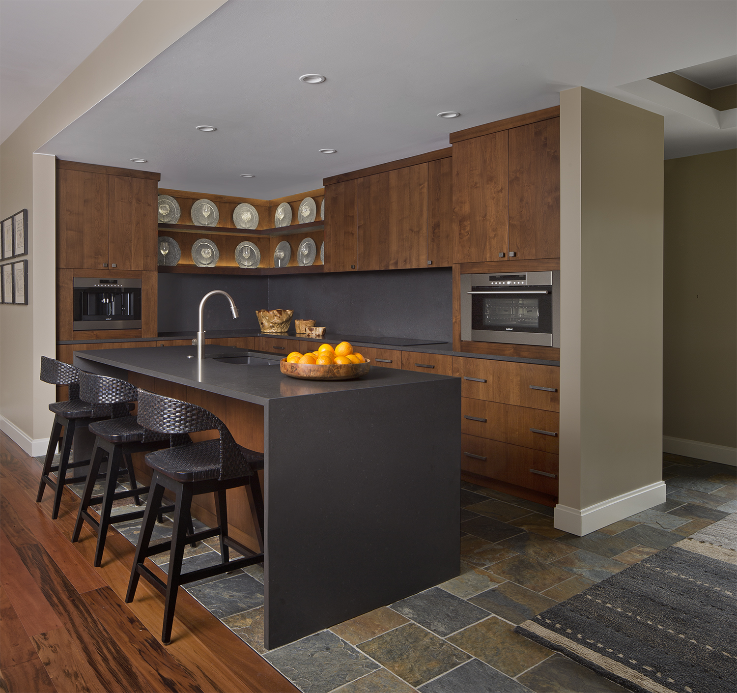 Entertaining Kitchen 2. Dunlap Design Group. Photo by Beth Singer..jpg