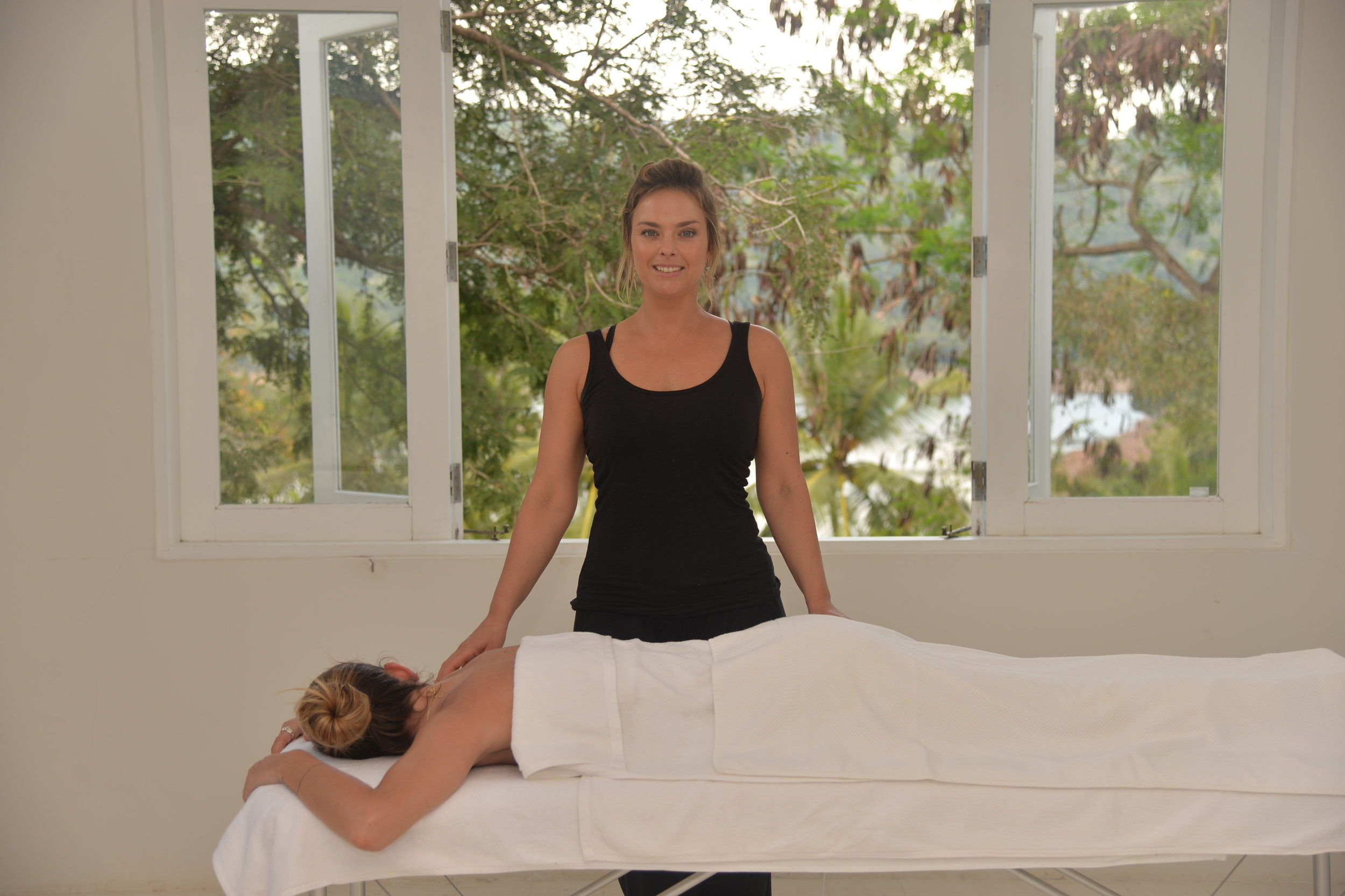 30mins massage with Vanessa