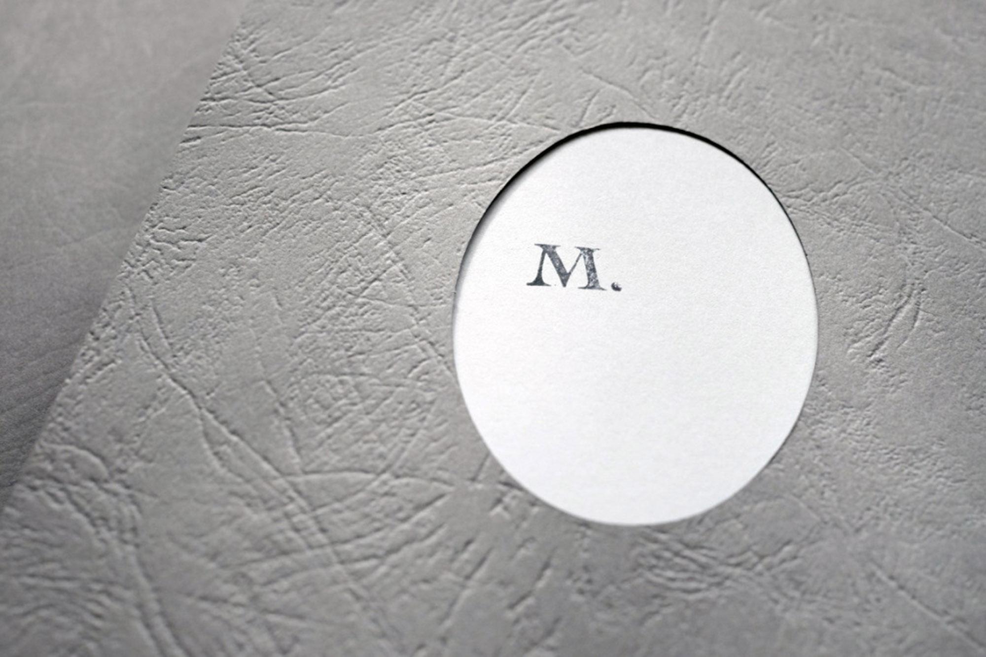 M_book_02.jpg
