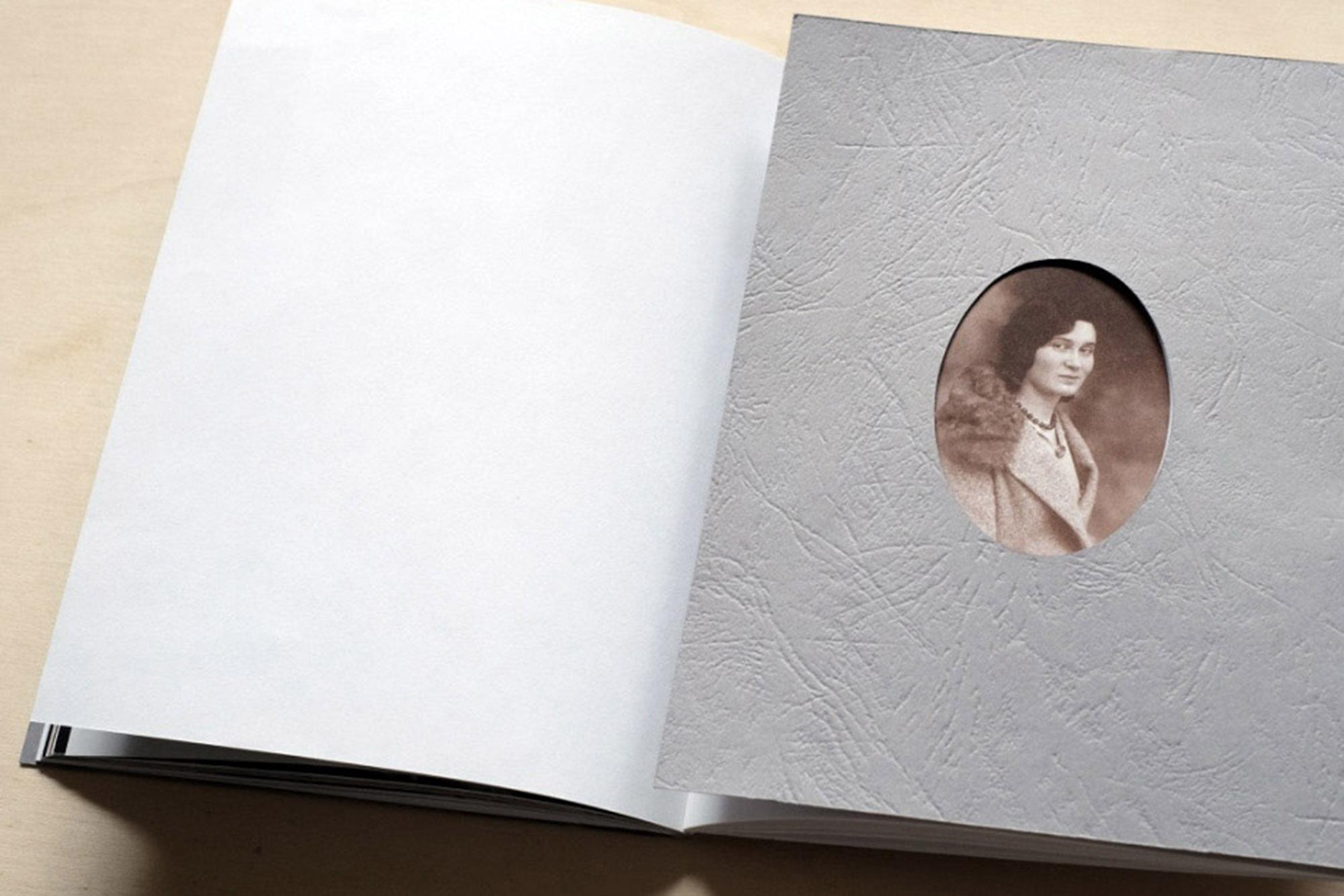 M_book_08.jpg