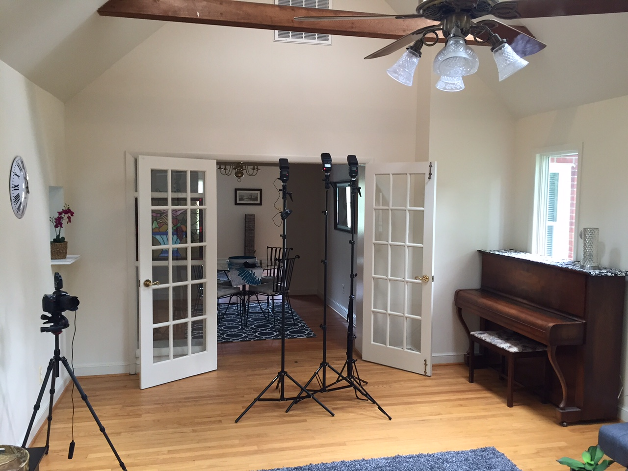 The setup shot. Speedlights are two LumoPro LP180s and a Nikon SB-26.