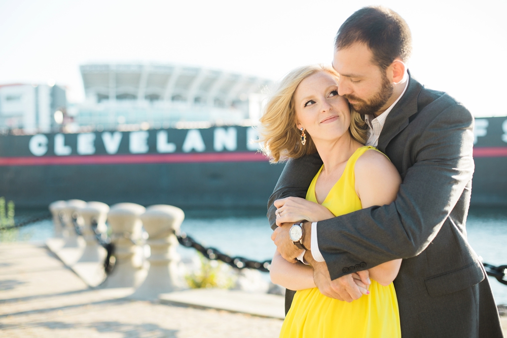 East 9th Pier Downtown Cleveland Engagement_0001.jpg