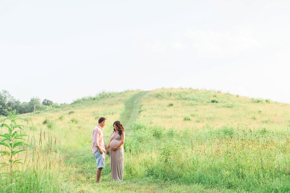 Cuyahoga Valley National Park Maternity Photos_0005.jpg