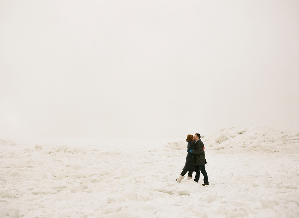 Penfield House Cleveland Engagement Photos_0012.jpg