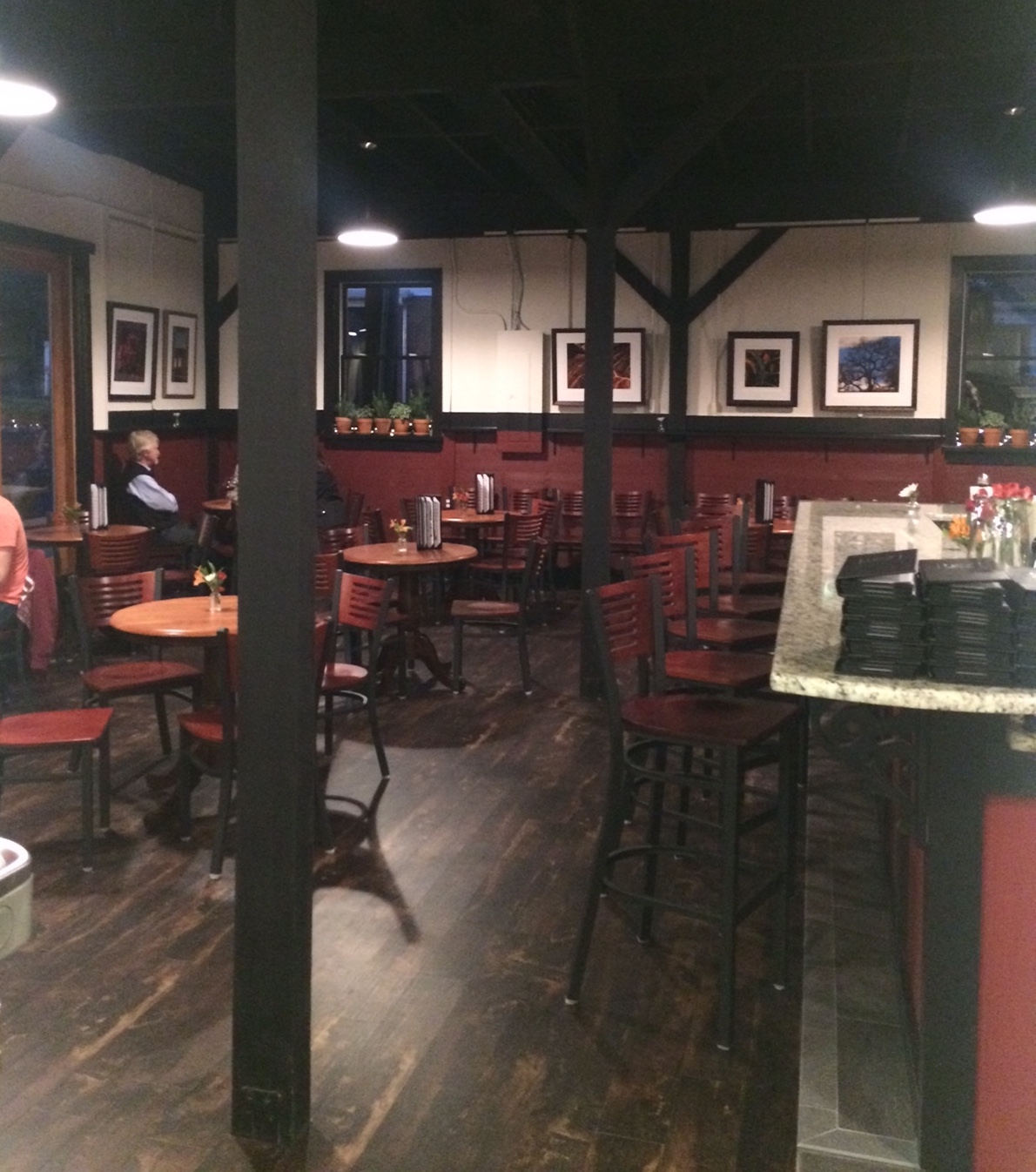 Viva Anderson wine bar
