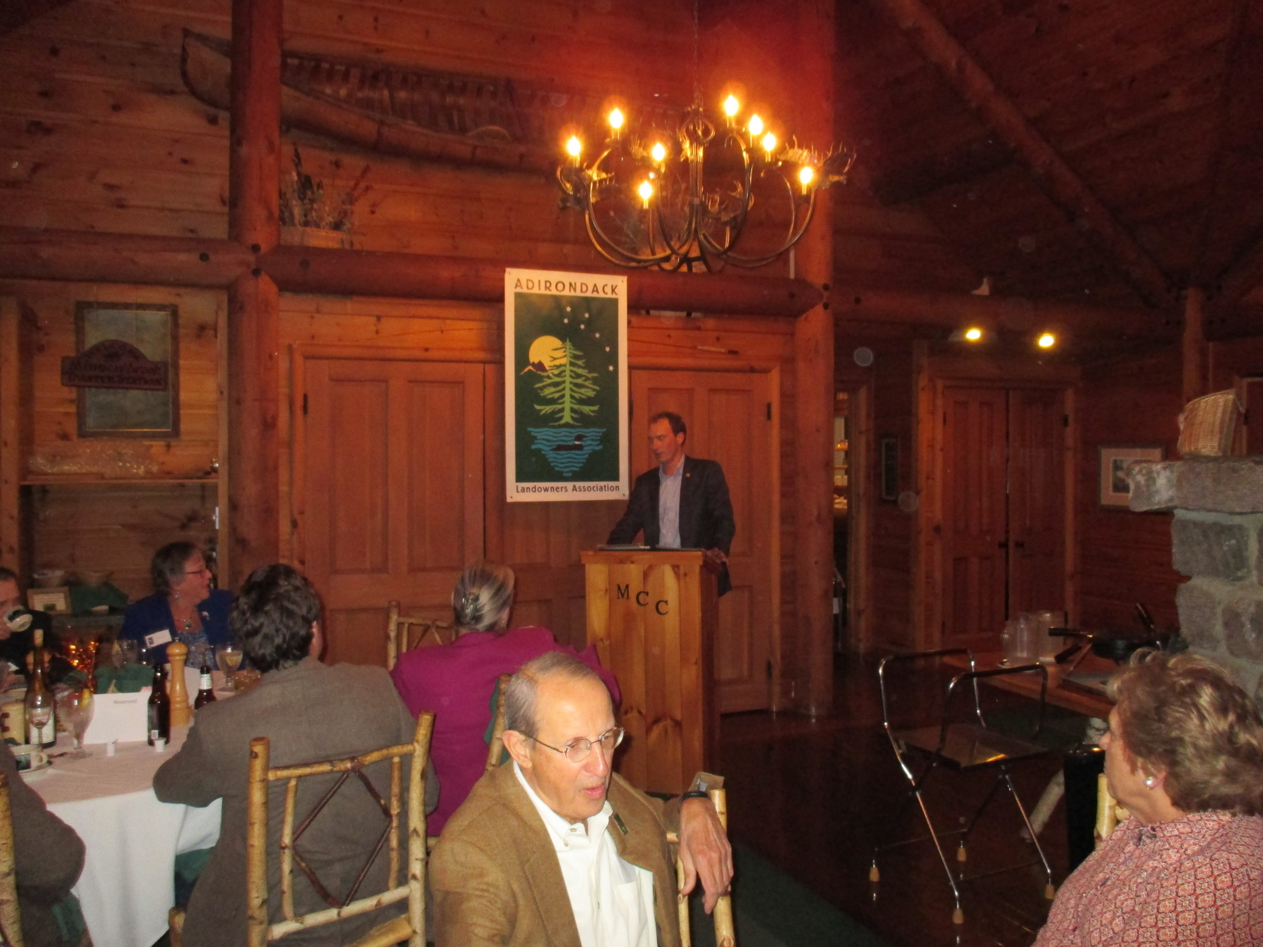Peter Walke, Assistant Secretary for the Environment, speaks to the ALA members following dinner.