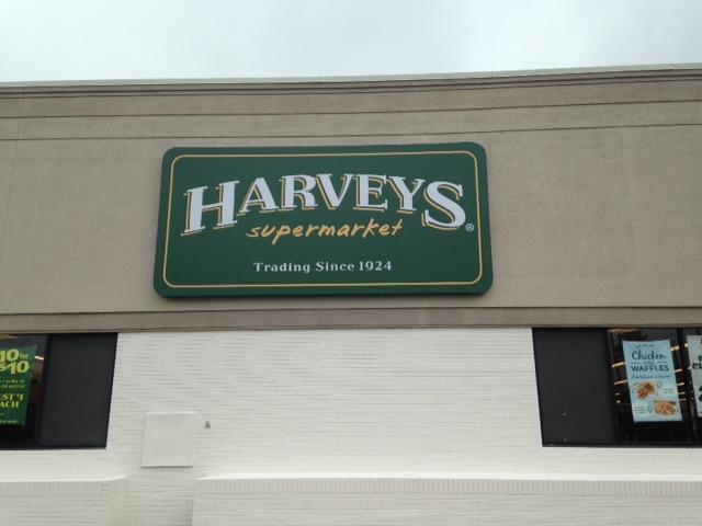 HarveysWaycross1.JPG