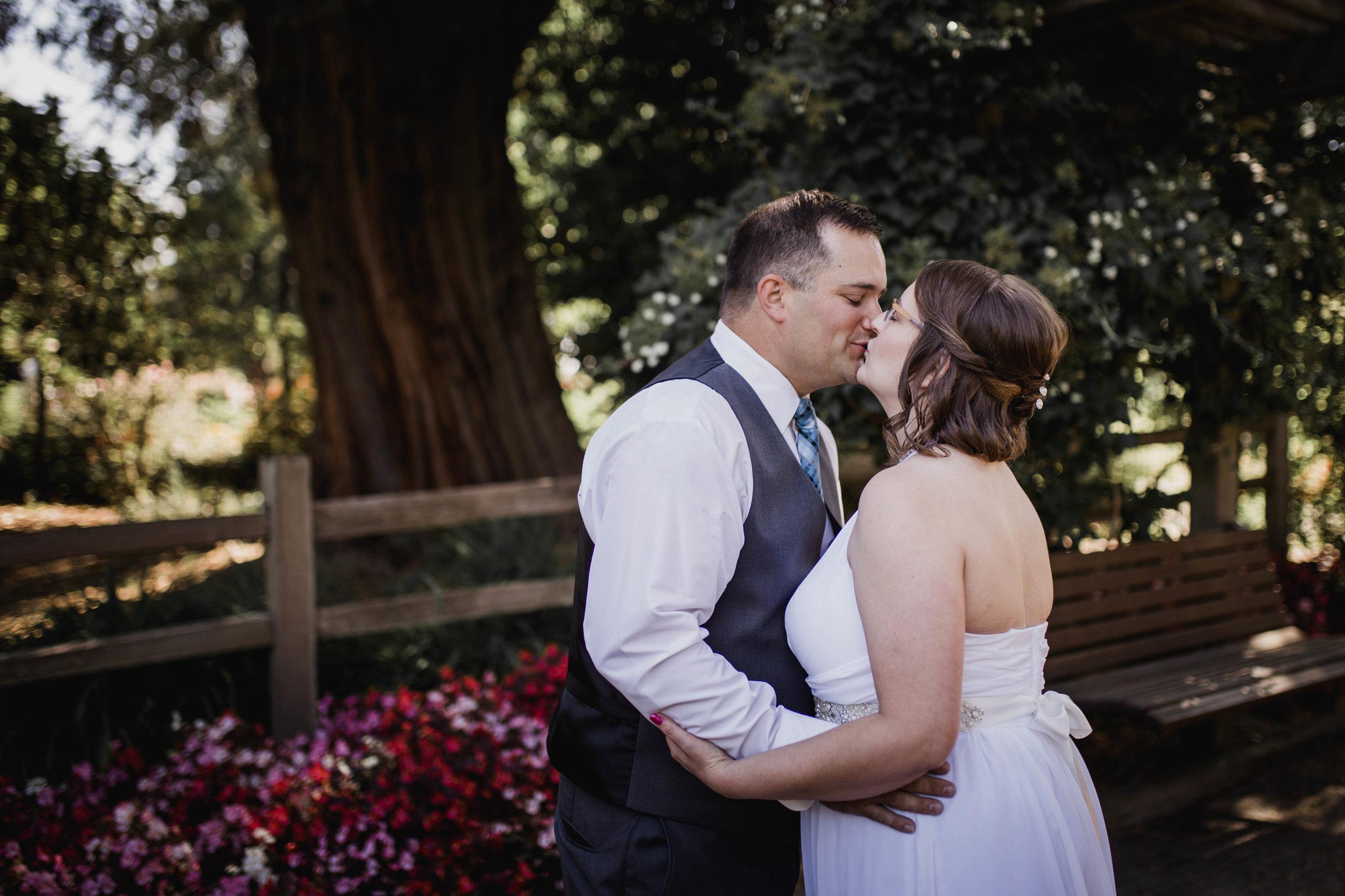 First Look | Tacoma Wedding Photographer