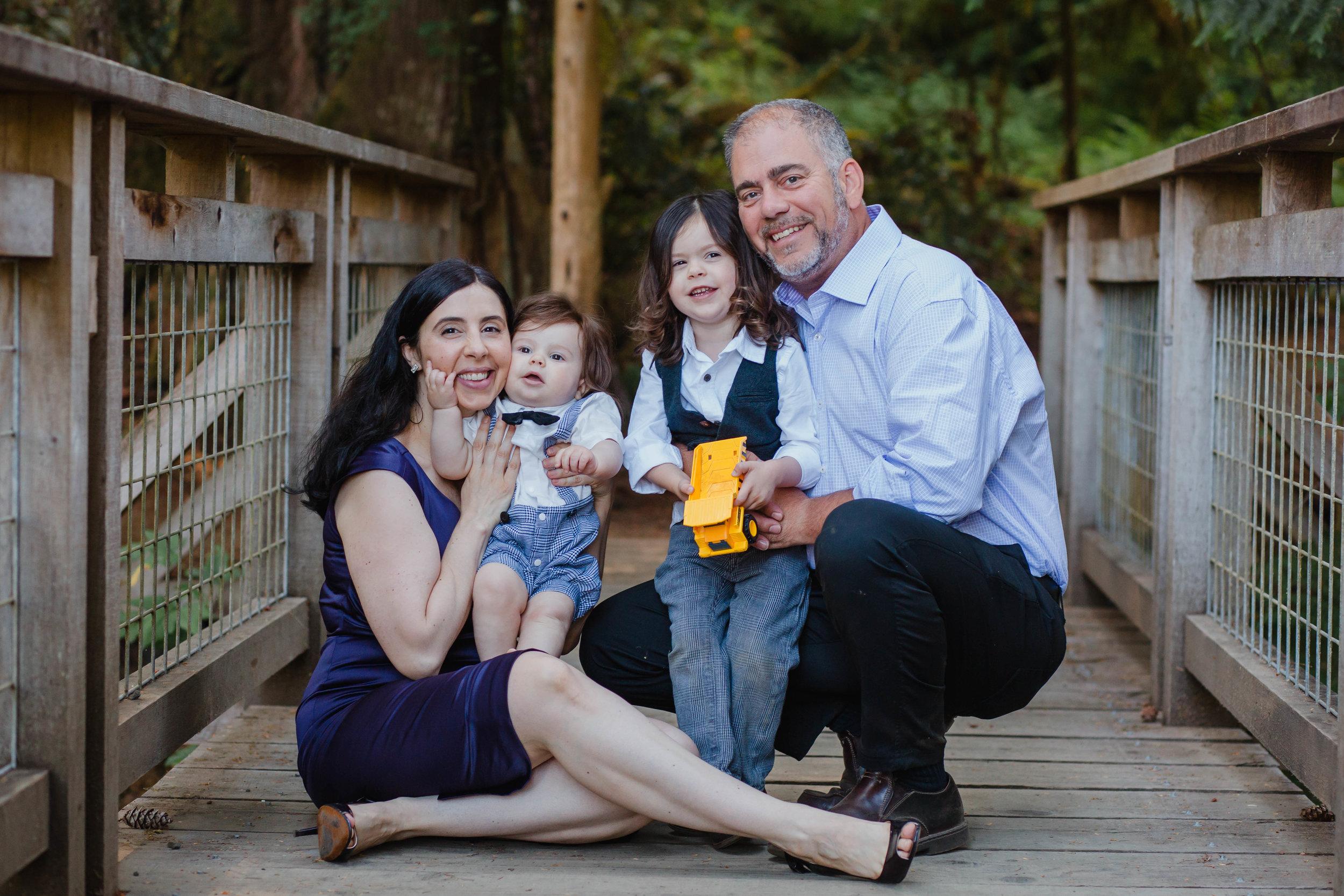Family Portrait Photographer - Olympia, WA