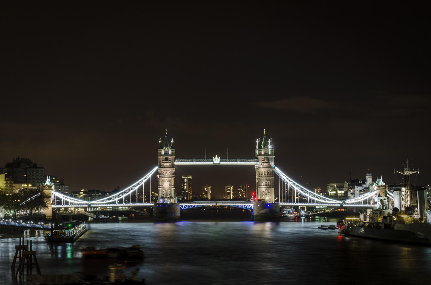"From London Bridge  Photography: Alexander J.E. Bradley - Nikon D7000 - AF-S NIKKOR 24-70mm f/2.8G ED @ 50mm - f/11 - 30"" - ISO:100"