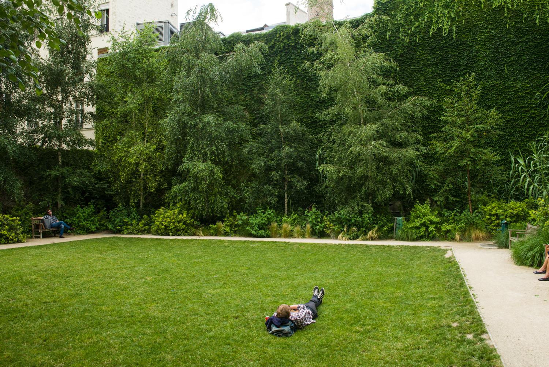 Jardin des Rosiers – Joseph-Migneret - PHOTOGRAPHY : William Lounsbury - NIKON D800 - NIKKOR 24-70MM F/2.8 @ 28mm - F/10 - 1/80 - ISO:200
