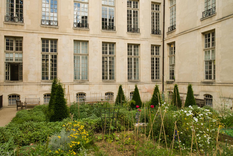 Jardin des Rosiers – Joseph-Migneret - PHOTOGRAPHY : William Lounsbury - NIKON D800 - NIKKOR 24-70MM F/2.8 @ 32mm - F/14 - 1/80 - ISO:200