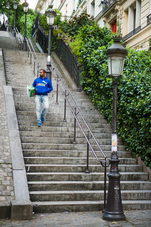 RUE MAURICE UTRILLO - PHOTOGRAPHY : WILLIAM LOUNSBURY - NIKON D800 - NIKKOR 24-70MM F/2.8 @ 56MM - F/2.8  - 1/20  0 - ISO:8  00