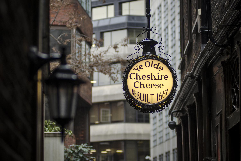 Ye Olde Cheshire Cheese Inn - PHOTO: ALEXANDER J.E. BRADLEY - NIKON D7100 - 80-200MM F/2.8 @ 80MM - F/3.2 - 1/160 -ISO 400