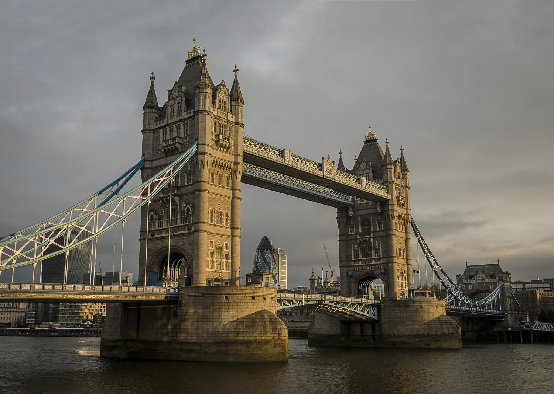 Tower Bridge - PHOTO: ALEXANDER J.E. BRADLEY - NIKON D7000 -  24-70MM F/2.8 @ 24  MM - F/16  - 1/4  - ISO 100