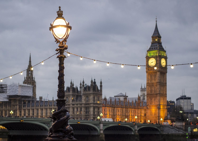 Palace of Westminster - PHOTO: ALEXANDER J.E. BRADLEY - NIKON D7000 - 50  MM F/1.4 @  F/2.8  - 1/125  - ISO 1600