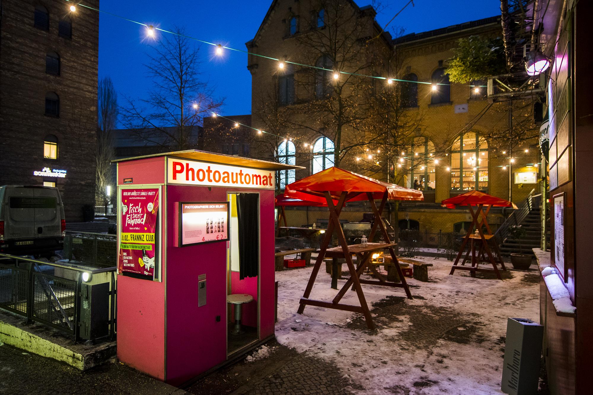 Frannz Club  PHOTOGRAPHY: ALEXANDER J.E. BRADLEY • NIKON D500 • AF-S NIKKOR 14-24MM F/2.8G ED @ 14MM • F/4 • 1/50 • ISO 1600