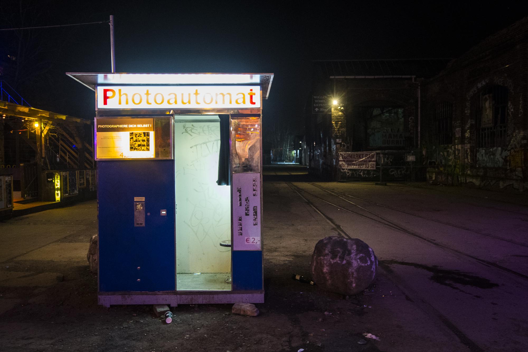 Urban Spree  PHOTOGRAPHY: ALEXANDER J.E. BRADLEY • NIKON D500 • AF-S NIKKOR 14-24MM F/2.8G ED @ 18MM • F/2.8 • 1/30 • ISO 2500