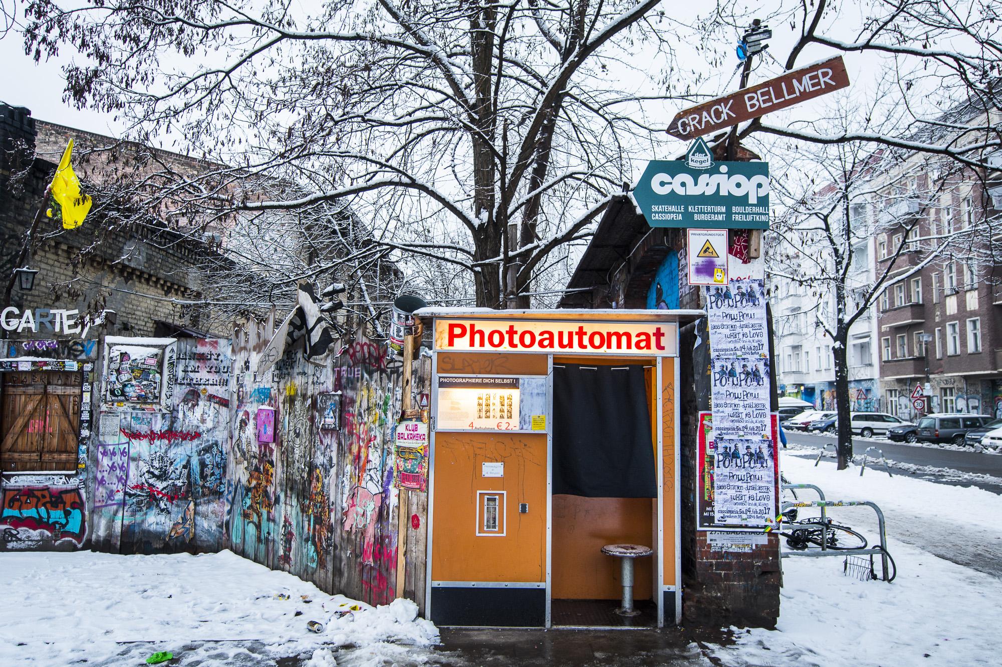 Revaler Straßer 99  PHOTOGRAPHY: ALEXANDER J.E. BRADLEY • NIKON D500 • AF-S NIKKOR 14-24MM F/2.8G ED @ 17MM • F/3.5 • 1/50 • ISO 200