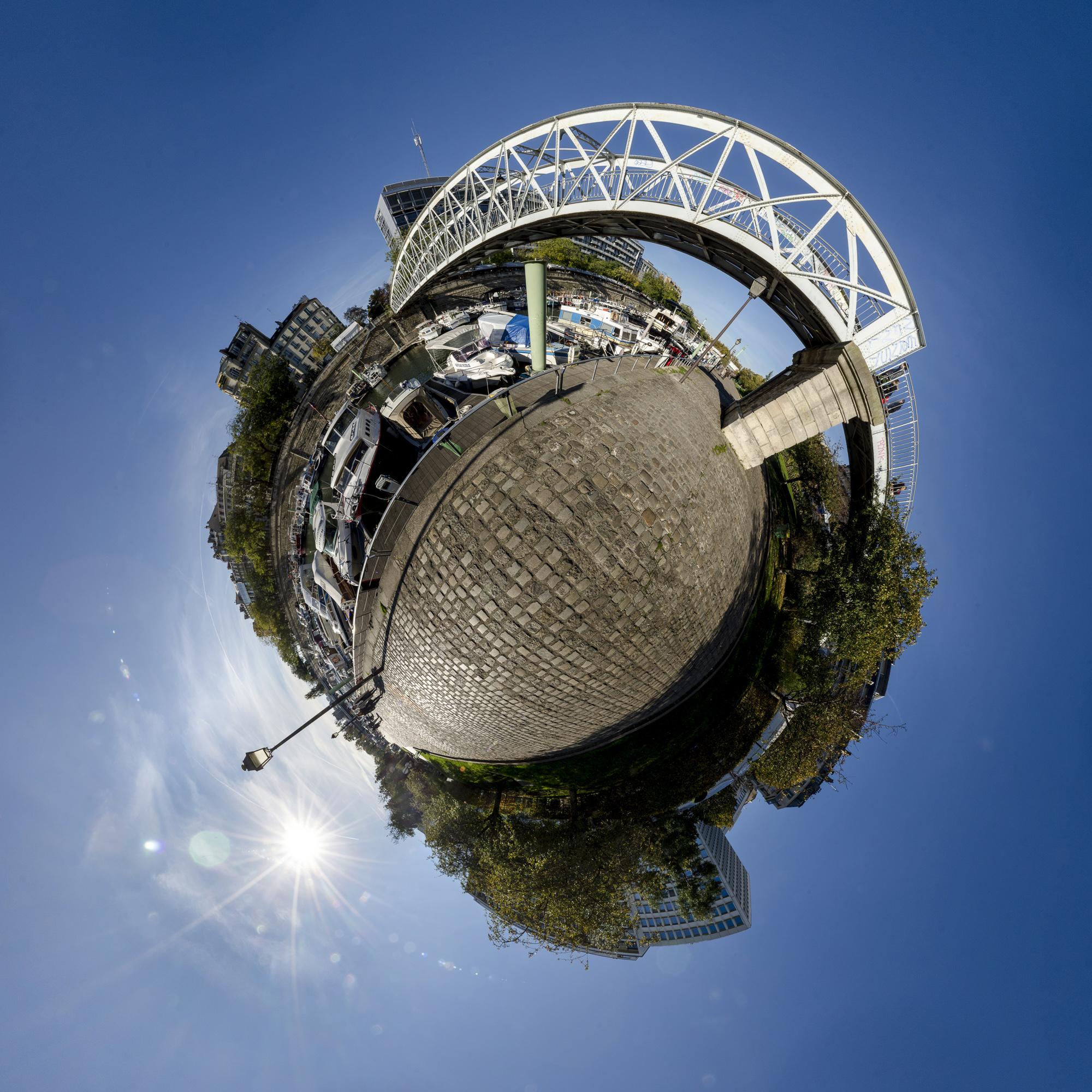 Bassin de l'Arsenal  PHOTOGRAPHY: ALEXANDER J.E. BRADLEY • NIKON D7000