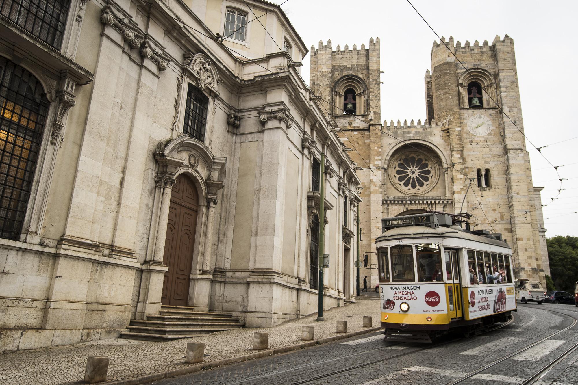 Lisbon Cathedral  PHOTOGRAPHY: ALEXANDER J.E. BRADLEY •NIKON D500 • AF-S NIKKOR 14-24mm f/2.8G ED • 18mm • F/4 •1/200 •ISO 400