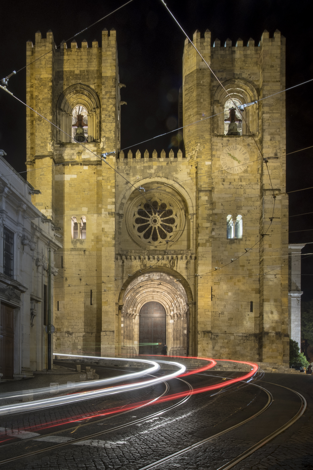 Lisbon Cathedral  PHOTOGRAPHY: ALEXANDER J.E. BRADLEY •NIKON D500 • AF-S NIKKOR 14-24mm f/2.8G ED • 15mm • F/22 •15 seconds •ISO 50