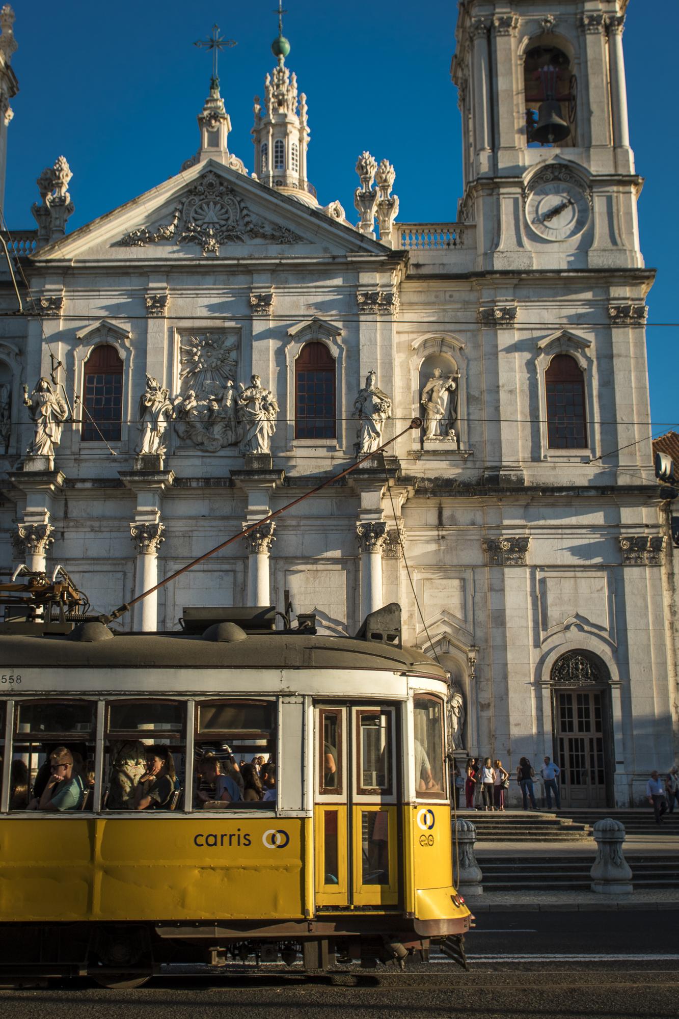 Basílica da Estrela  PHOTOGRAPHY: ALEXANDER J.E. BRADLEY •NIKON D500 • AF-S NIKKOR 24-70mm f/2.8G ED • 24mm • F/5.6 •1/500 •ISO 100