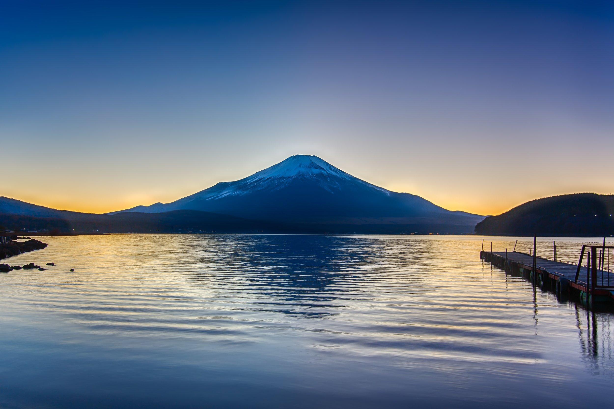 PHOTOGRAPHY: Andy Yee • Canon EOS 5D MkIII • 16-28mm Ƒ/2.8 @ 25MM • Ƒ/9 • bulb • ISO 100