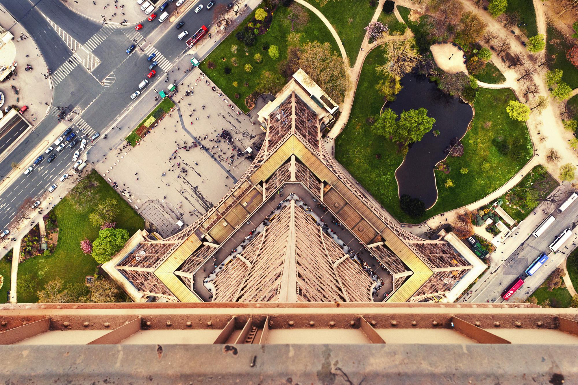 The Eiffel Tower - Paris, France  PHOTOGRAPHY: ALEXANDER J.E. BRADLEY •NIKON D200 • Nikon AF-NIKKOR 24mm Ƒ/2.8 D @Ƒ/8 •1/250 •ISO 100