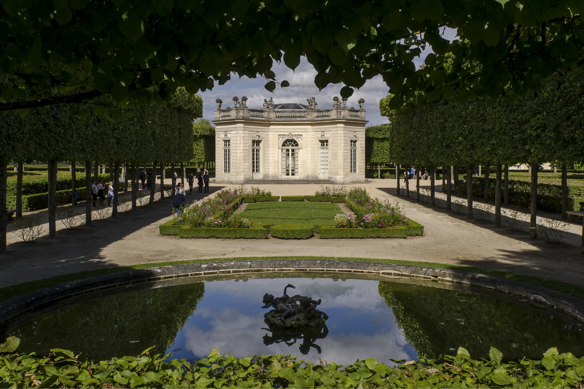 The French Pavilion - Versailles  PHOTOGRAPHY: ALEXANDER J.E. BRADLEY • NIKON D7000 • AF-S NIKKOR 24-70mm ƒ/2.8G ED @ 24MM • ƒ/14 • 1/125 • ISO 100