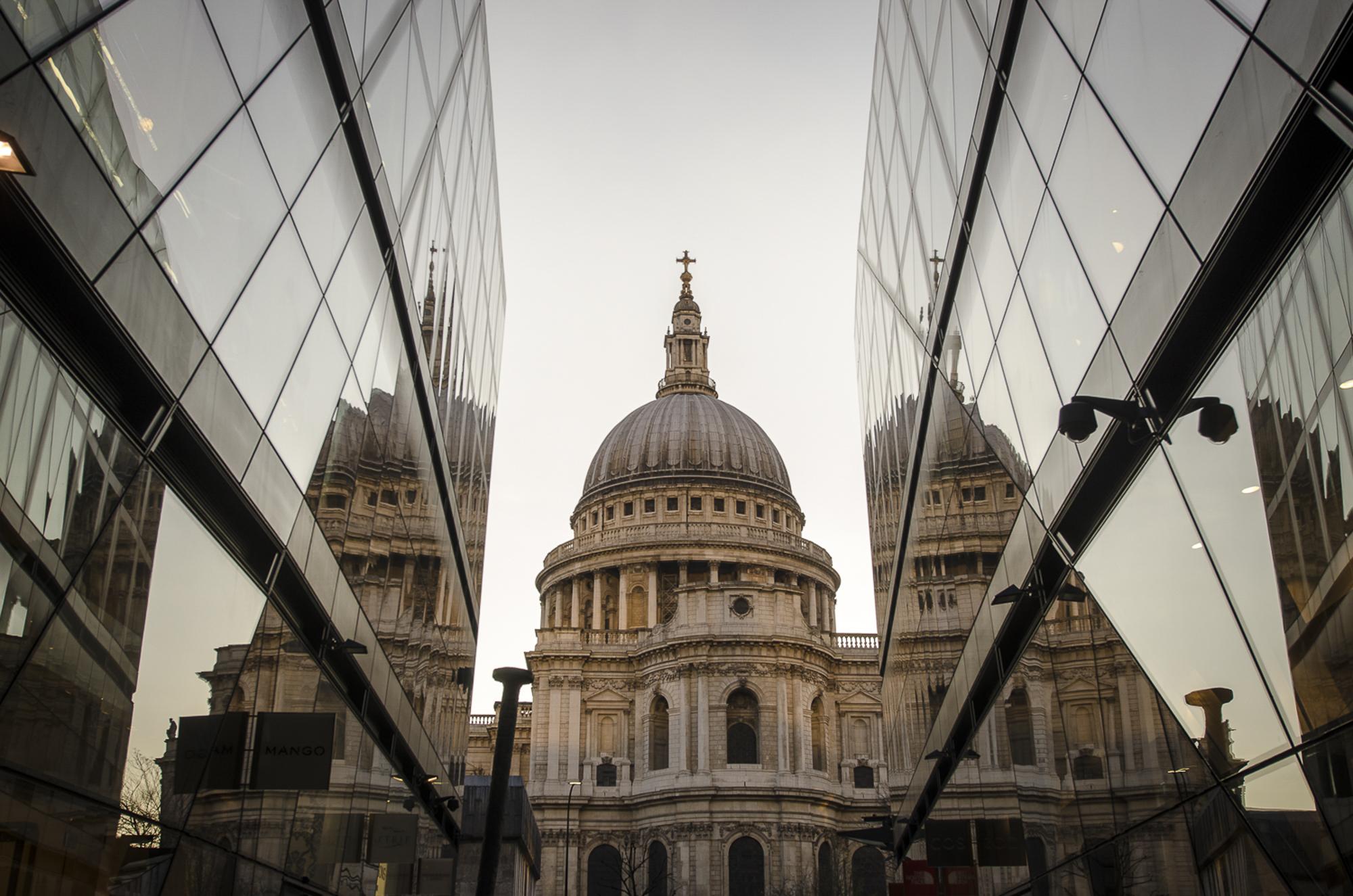 St. Paul's - London  PHOTOGRAPHY: ALEXANDER J.E. BRADLEY • NIKON D7000 • AF-S NIKKOR 14-24 ƒ/2.8G ED @ 24MM • ƒ/7.1 • 1/125 • ISO 100